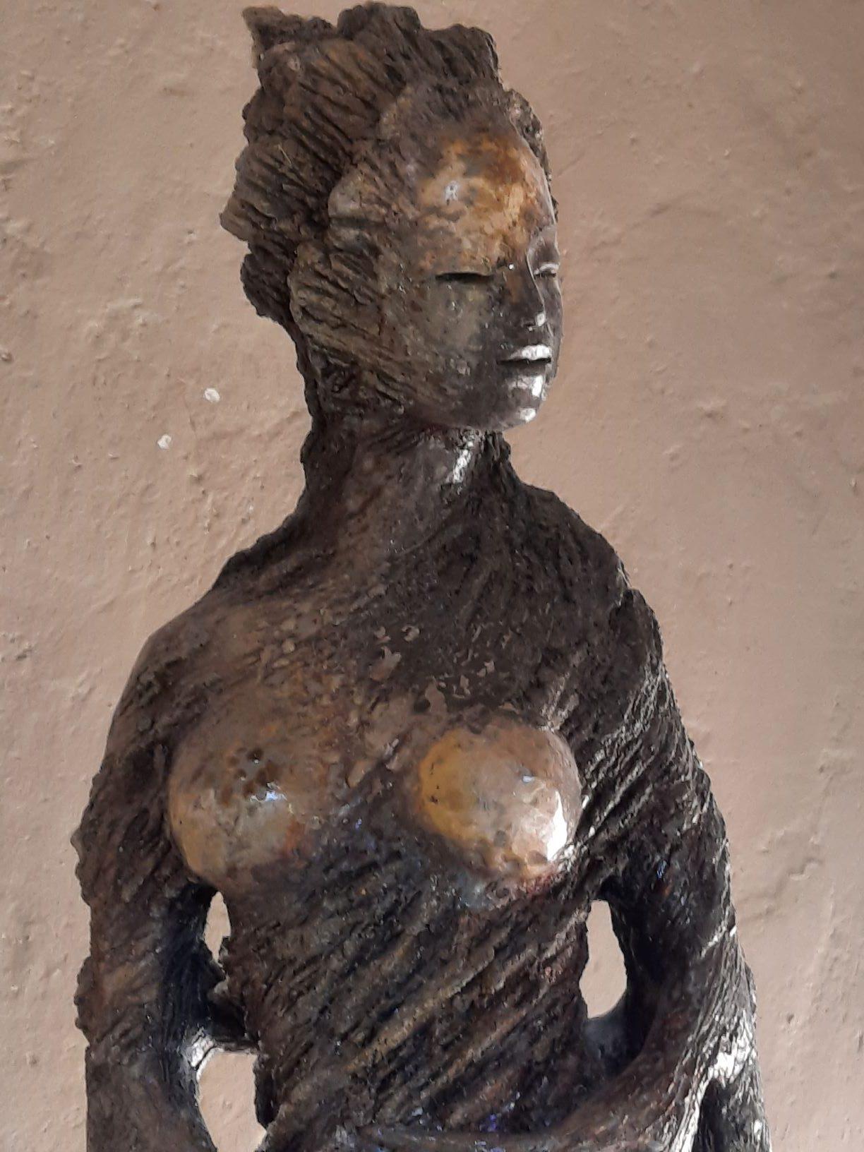Fabienne Adeniz, Baumfrau