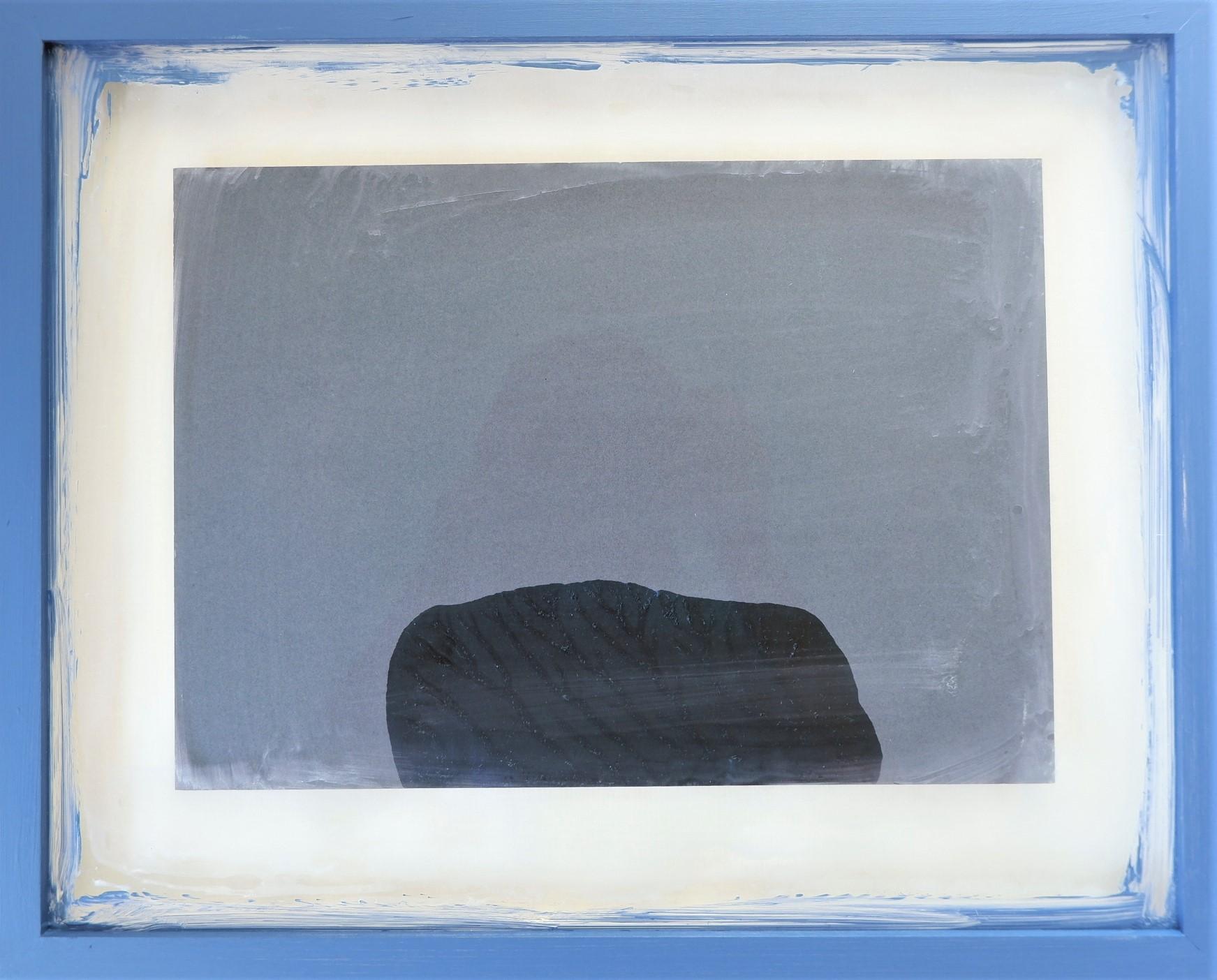 Jie Li: one piece of Substance 2, 2021, Acyl auf Karton, 38.8cm x 3